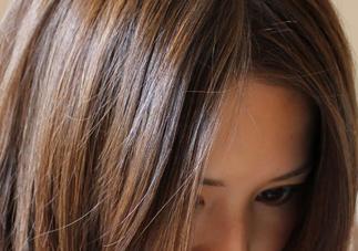 darkbrownhairs