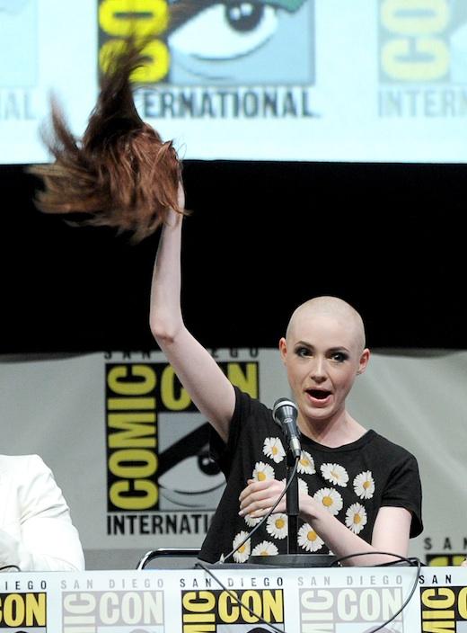 El cabello de Karen Gi...