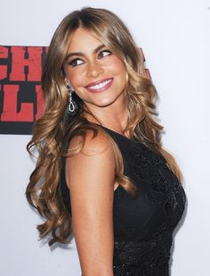 Que color de pelo usa sofia vergara