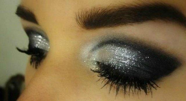Silver-Shimmer-Eye-Makeup-Idea